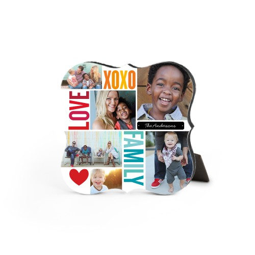 Family Love Hugs Desktop Plaque, Bracket, 5 x 5 inches, Red