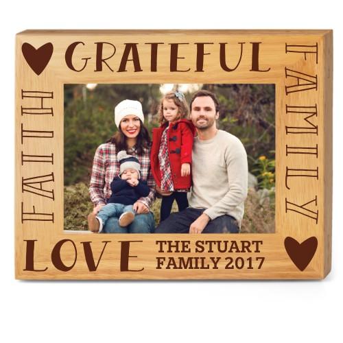 Family Sentiment Wood Frame, - Photo insert, 10x8 Engraved Wood Frame, White